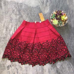 Alya burgundy and black skirt size L